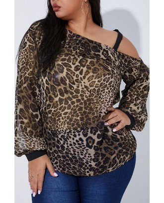 Lovely Casual Dew Shoulder Leopard Printed Plus Size Blouse